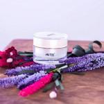 Whitening Day Cream (Kem dưỡng trắng da ban ngày)